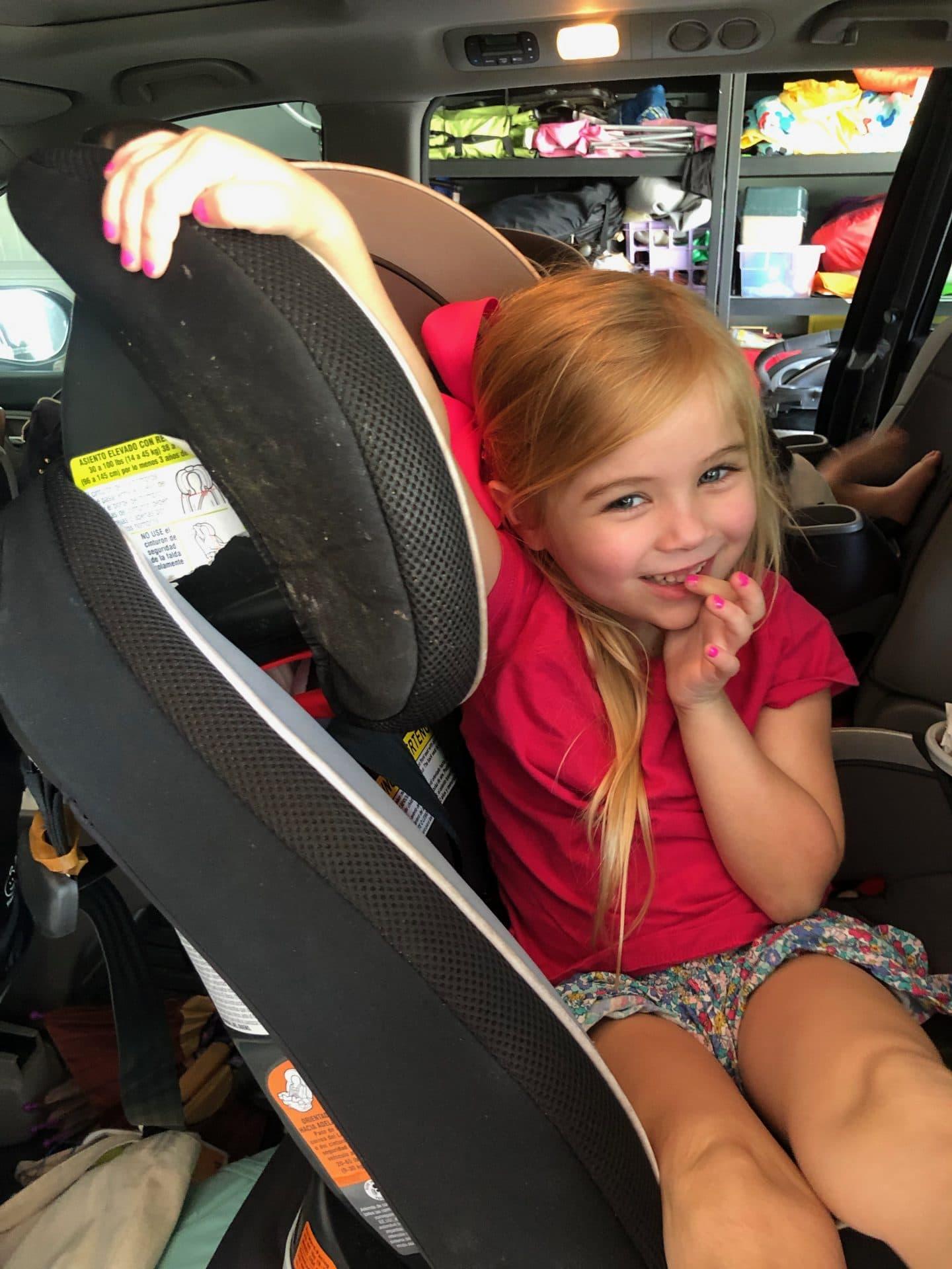 little girl rear facing car seat