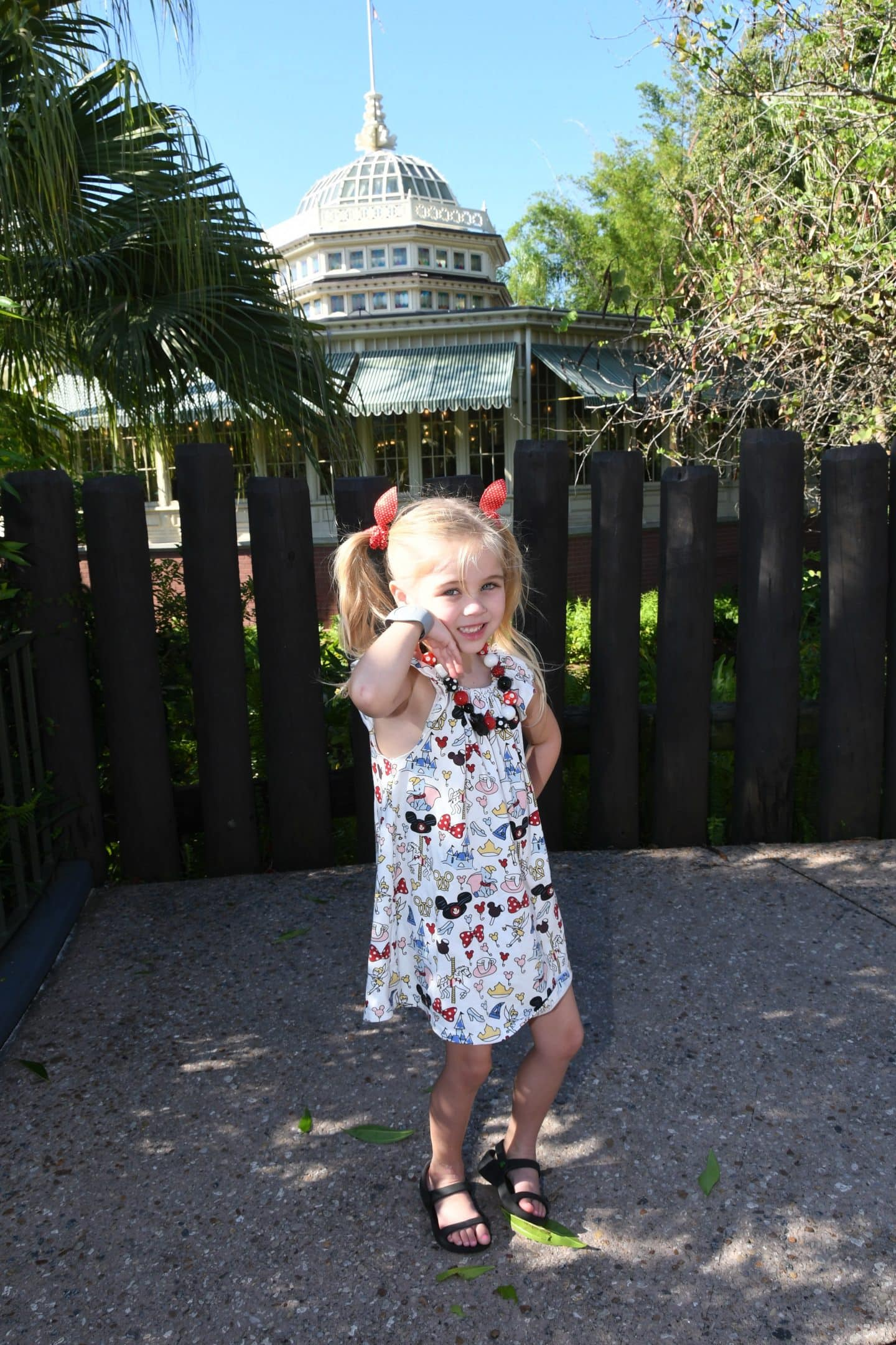 photo pass at Adventureland in magic kingdom