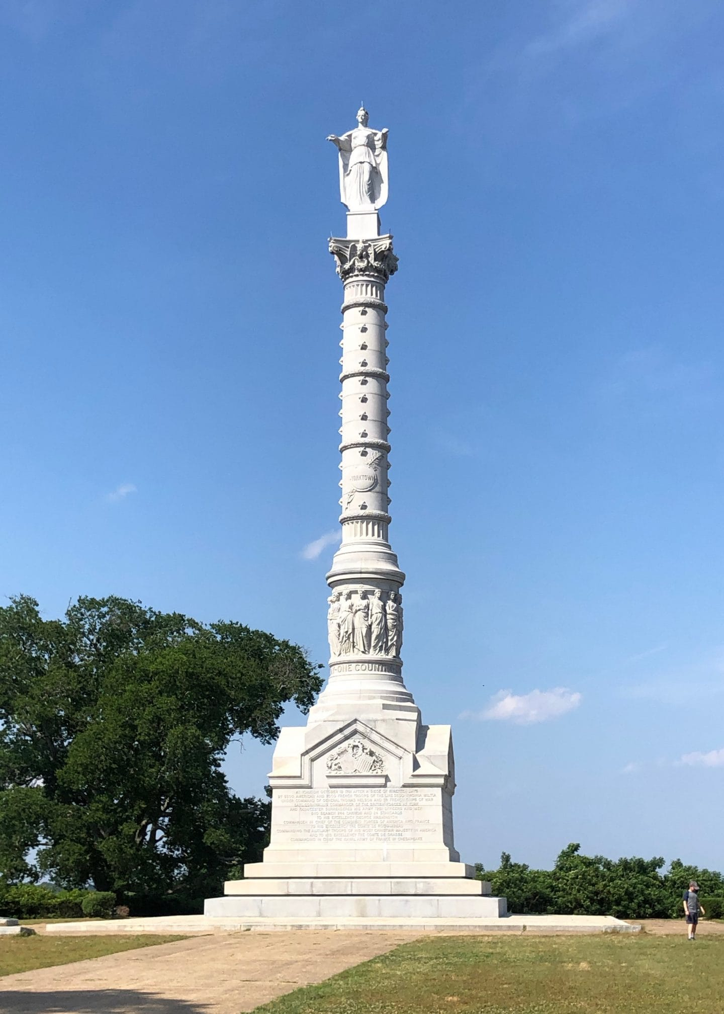 Yorktown victory monument and beach