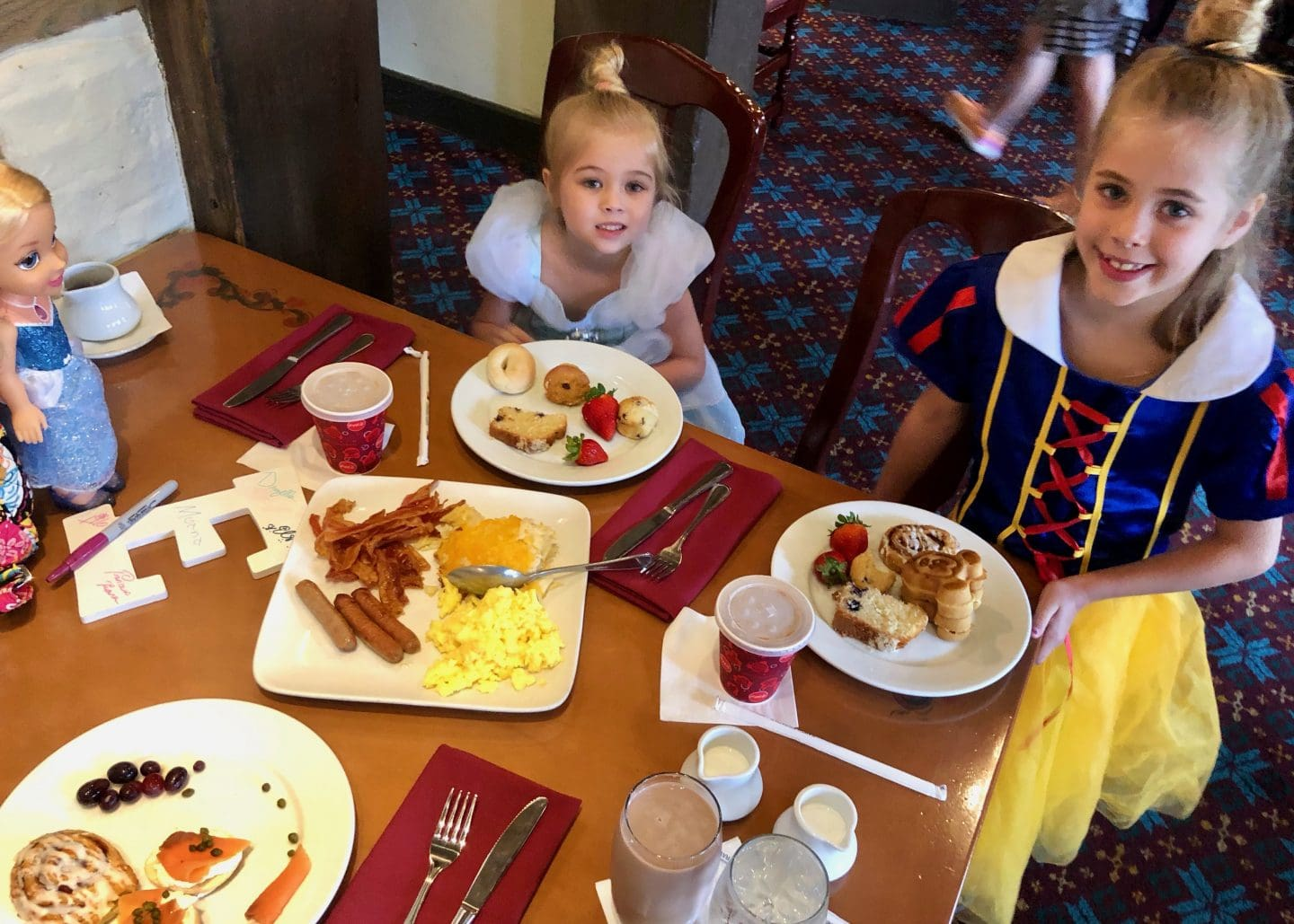 Akershus breakfast dining at Epcot