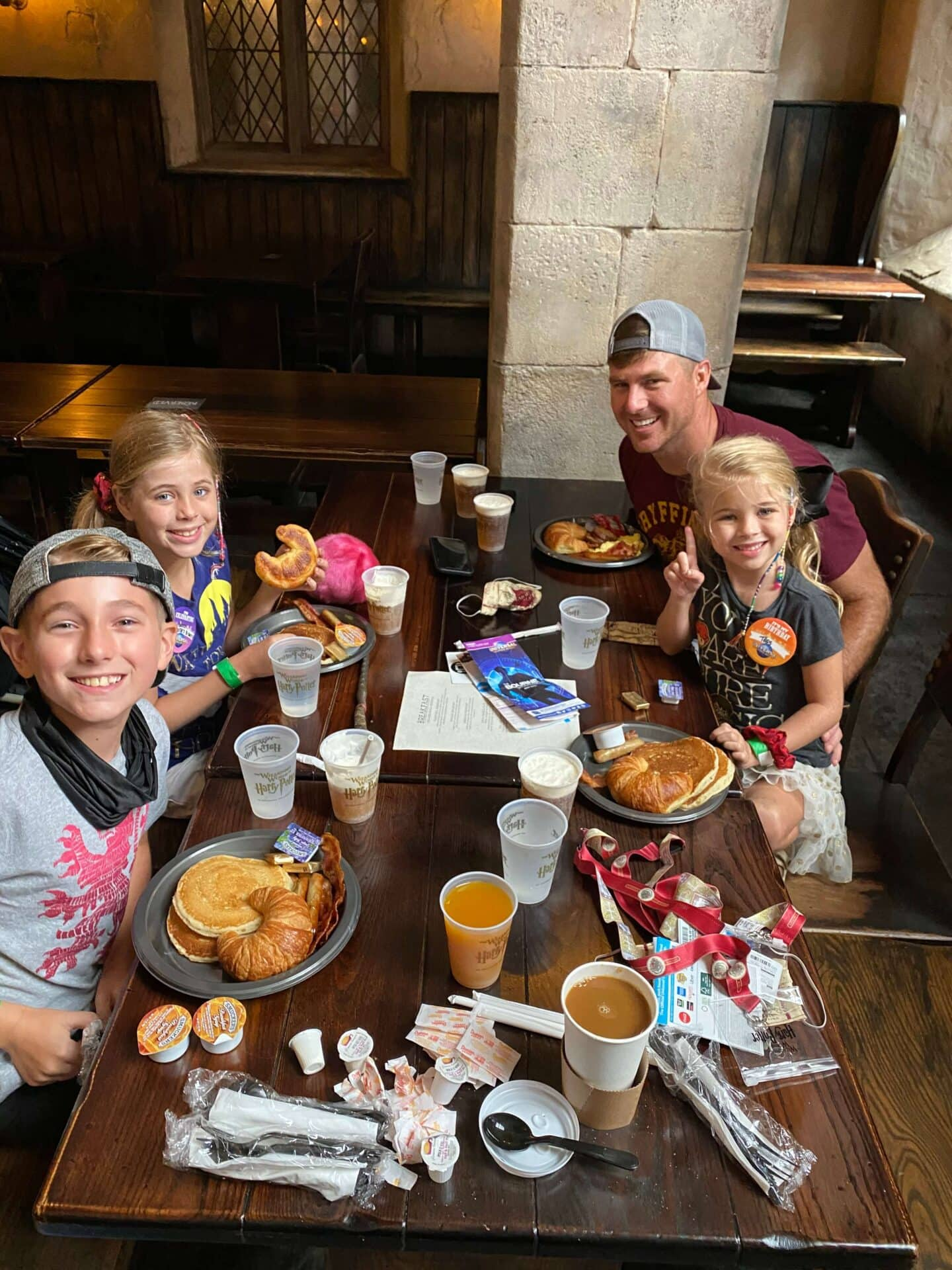 wizarding world of Harry Potter vacation package breakfast at leaky cauldron