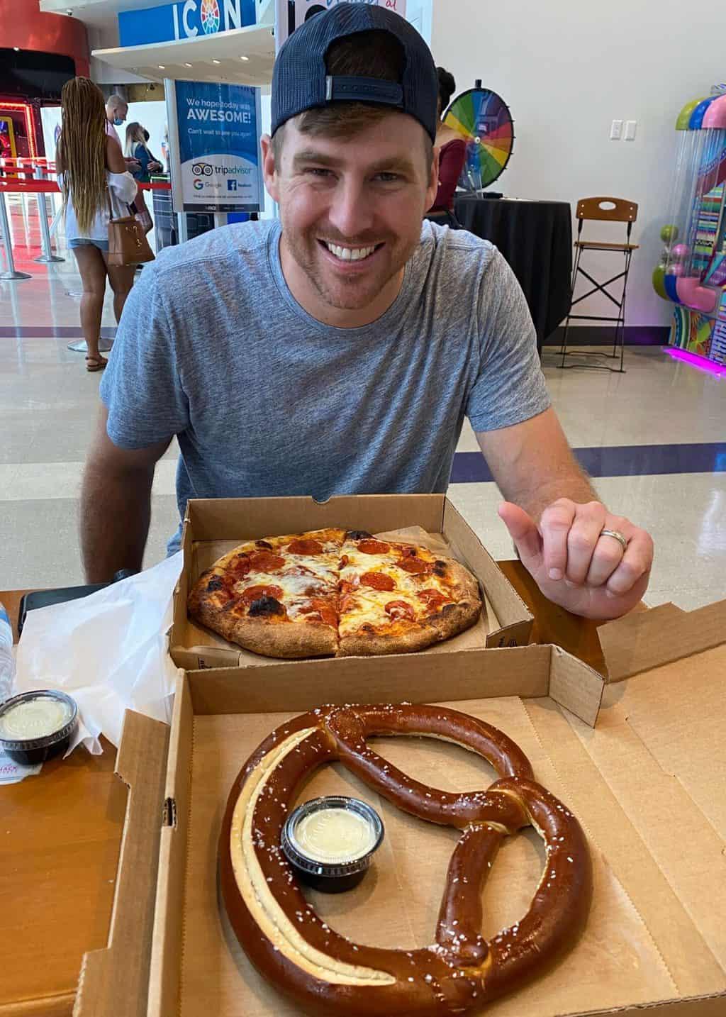 the wheelhouse market food hall at Icon Park Orlando