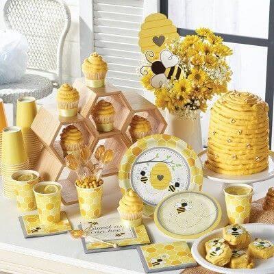 honey bee baby shower theme