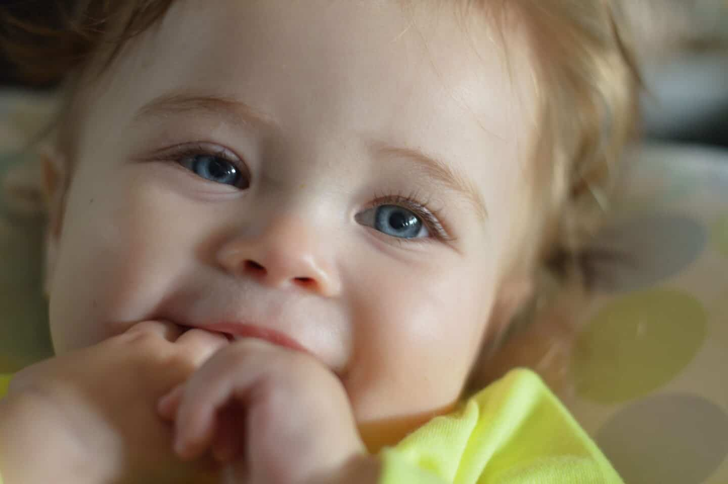 How to Soothe a Teething Baby at Night and During the Day