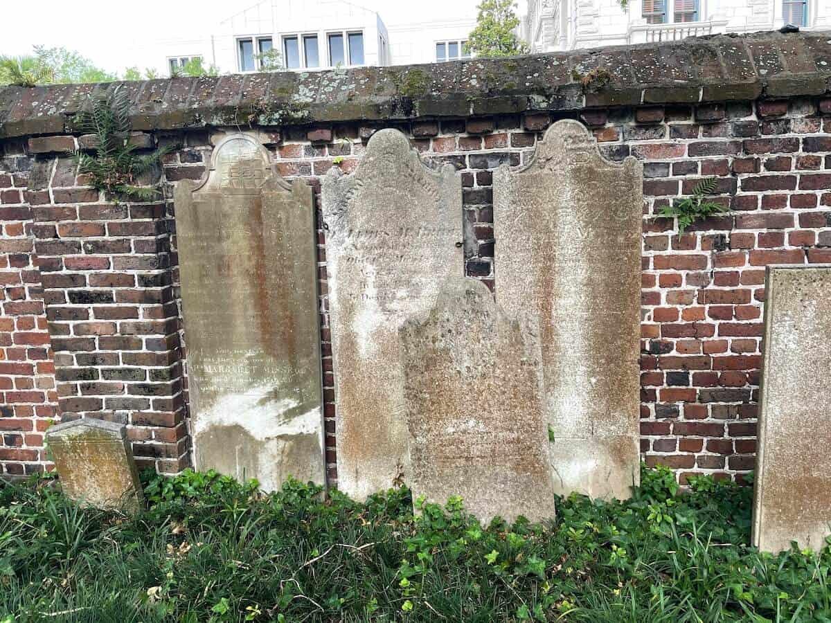 cemeteries in charleston sc